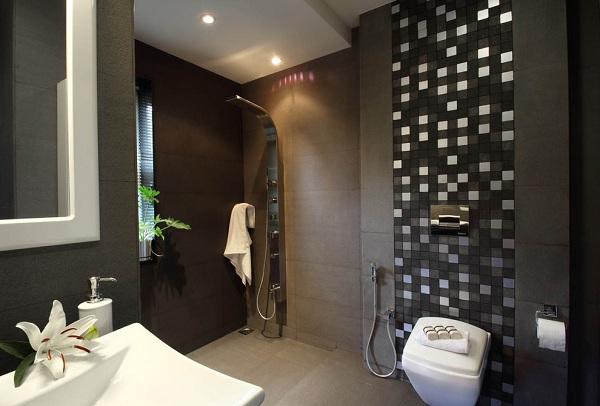 slapias vonio kambarys